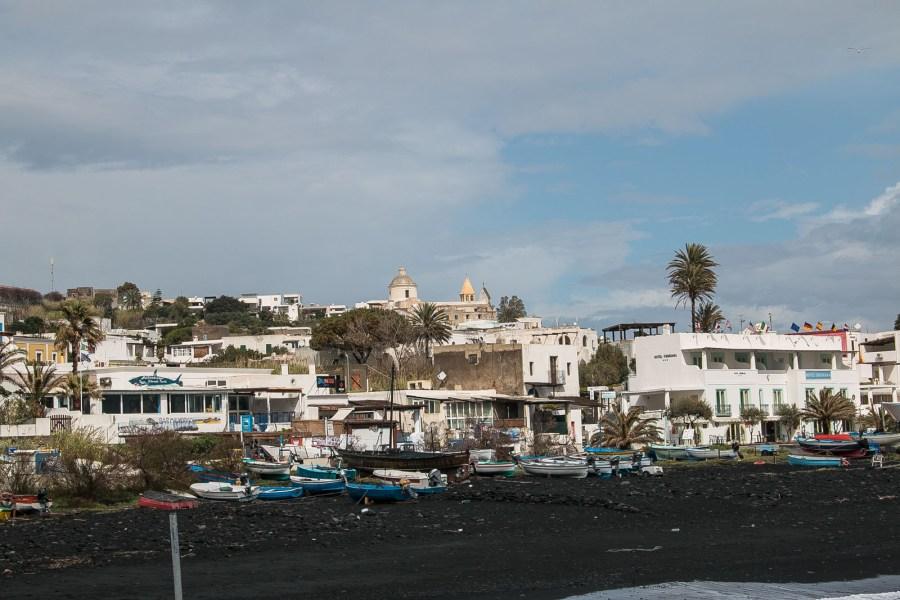 Hafen Stromboli