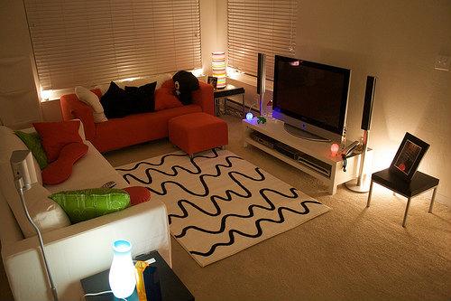 狭い家を広く見せる4つのポイントは「高さ・物・清潔さ・照明」だ!