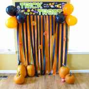 20 halloween decorations party (14)