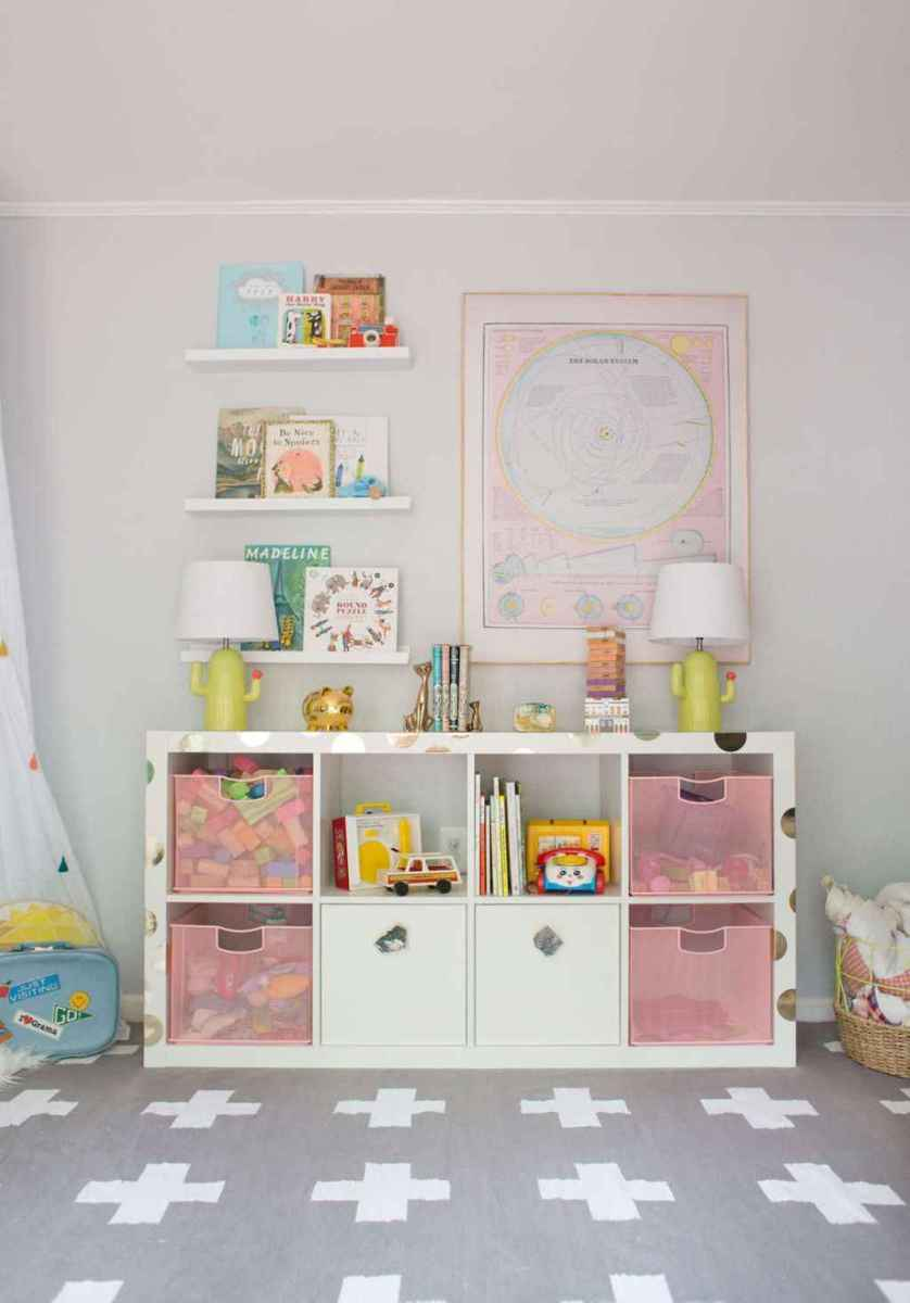 50 ideas for organizing playrooms & kid's spaces (21)