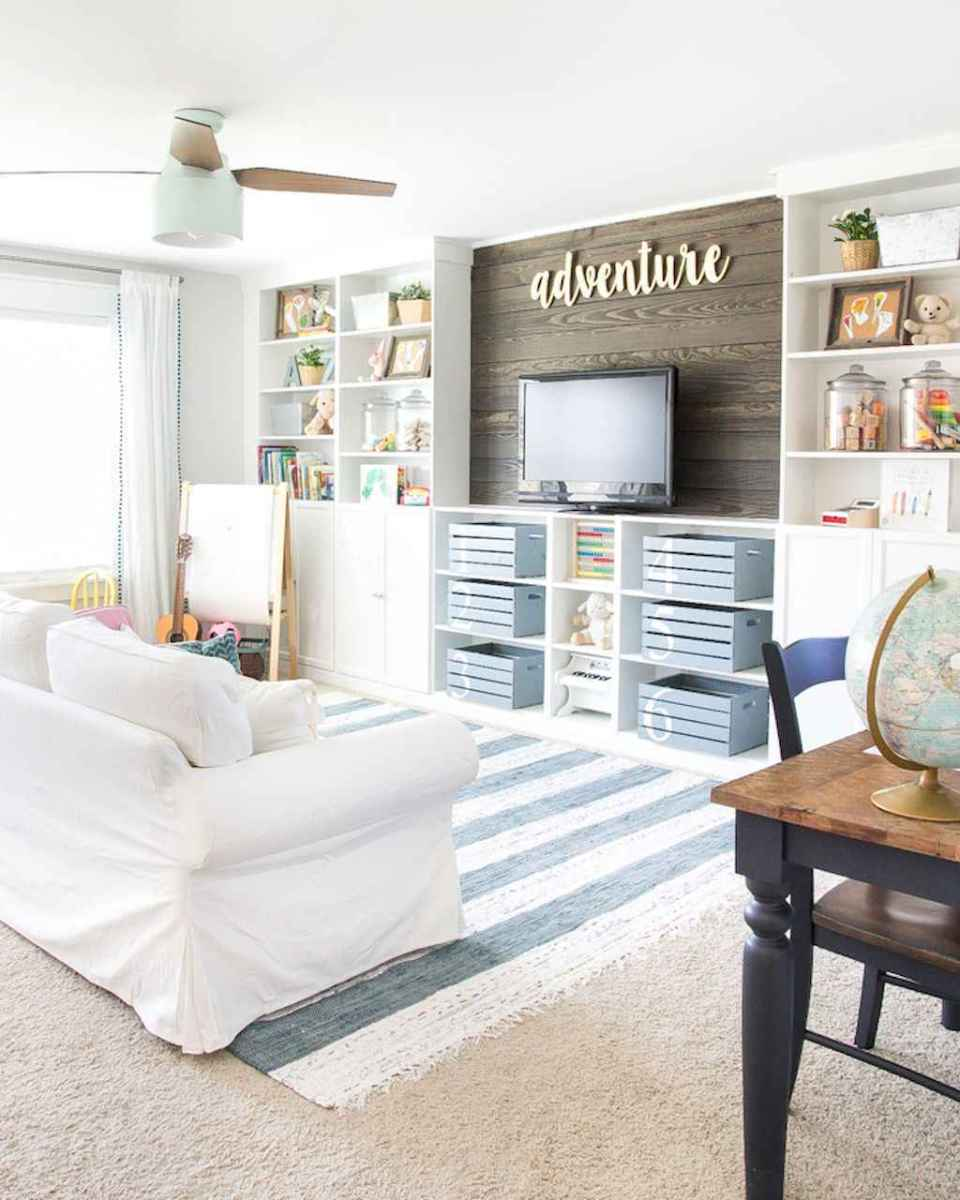 50 ideas for organizing playrooms & kid's spaces (34)