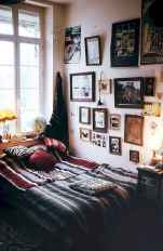 60 beautiful eclectic bedroom decorating ideas (16)