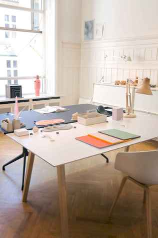 60+ beautiful and subtle home office scandinavian design ideas (30)
