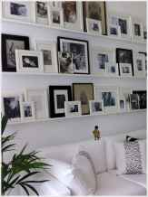 Awesome gallery wall living room ideas (10)