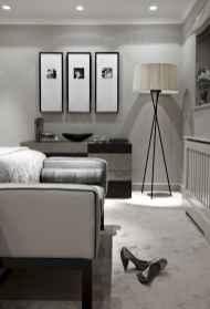 Beautiful gallery wall bedroom ideas (49)