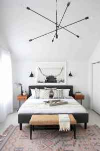 Beautiful gallery wall bedroom ideas (5)