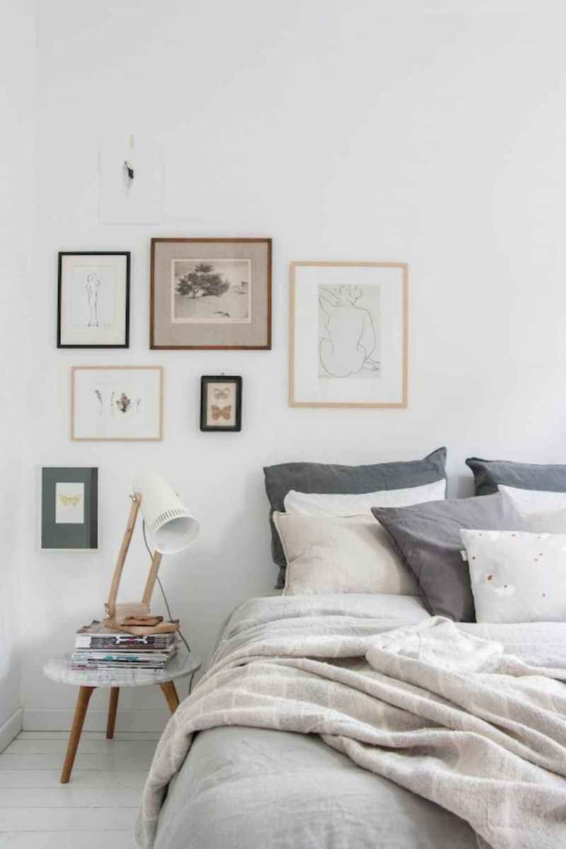 Simply bedroom decoration ideas (13)