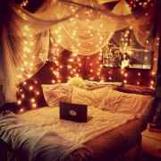 30+ diy apartment decorating christmas lights (32)