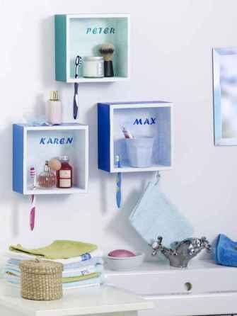40 easy master bathroom organization ideas (27)
