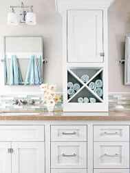 40 easy master bathroom organization ideas (5)