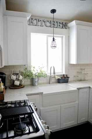 40 stunning farmhouse kitchen ideas on a budget (25)