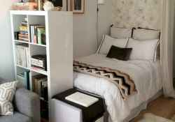 60 first apartment decorating ideas (40)