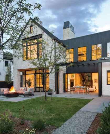 70 stunning farmhouse exterior design ideas (35)