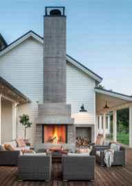 70 stunning farmhouse exterior design ideas (49)