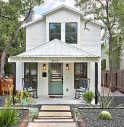 70 stunning farmhouse exterior design ideas (54)