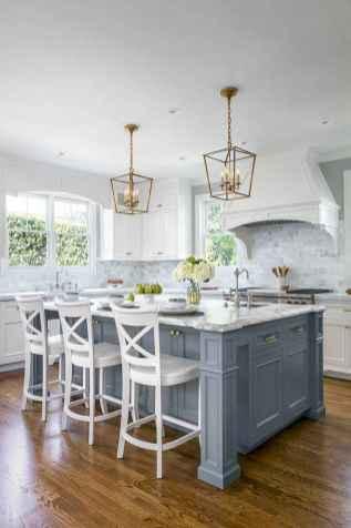 150 gorgeous farmhouse kitchen cabinets makeover ideas (37)