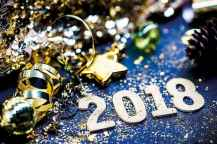 35 awesome 2018 new year party decorations ideas (17)