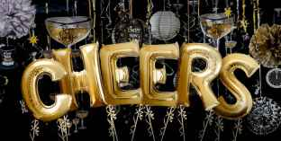 35 awesome 2018 new year party decorations ideas (21)
