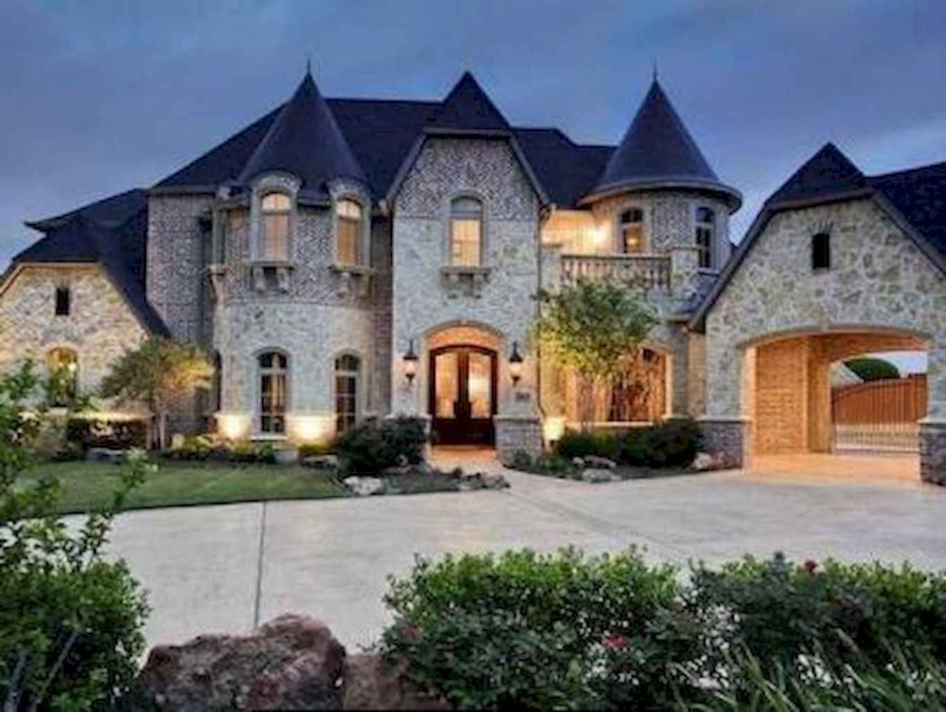 Castle Style Homes For Sale In Illionis