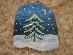 54 easy diy christmas painted rock ideas (25)
