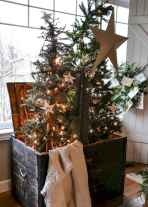 55 awesome christmas front porches decor ideas (34)
