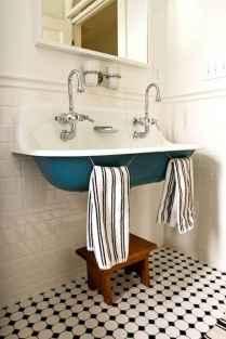 110 spectacular farmhouse bathroom decor ideas (5)