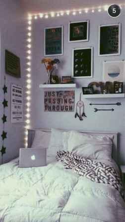 30 amazing college apartment bedroom decor ideas (30)