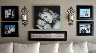 40 diy family photos display ideas for apartment decor (15)