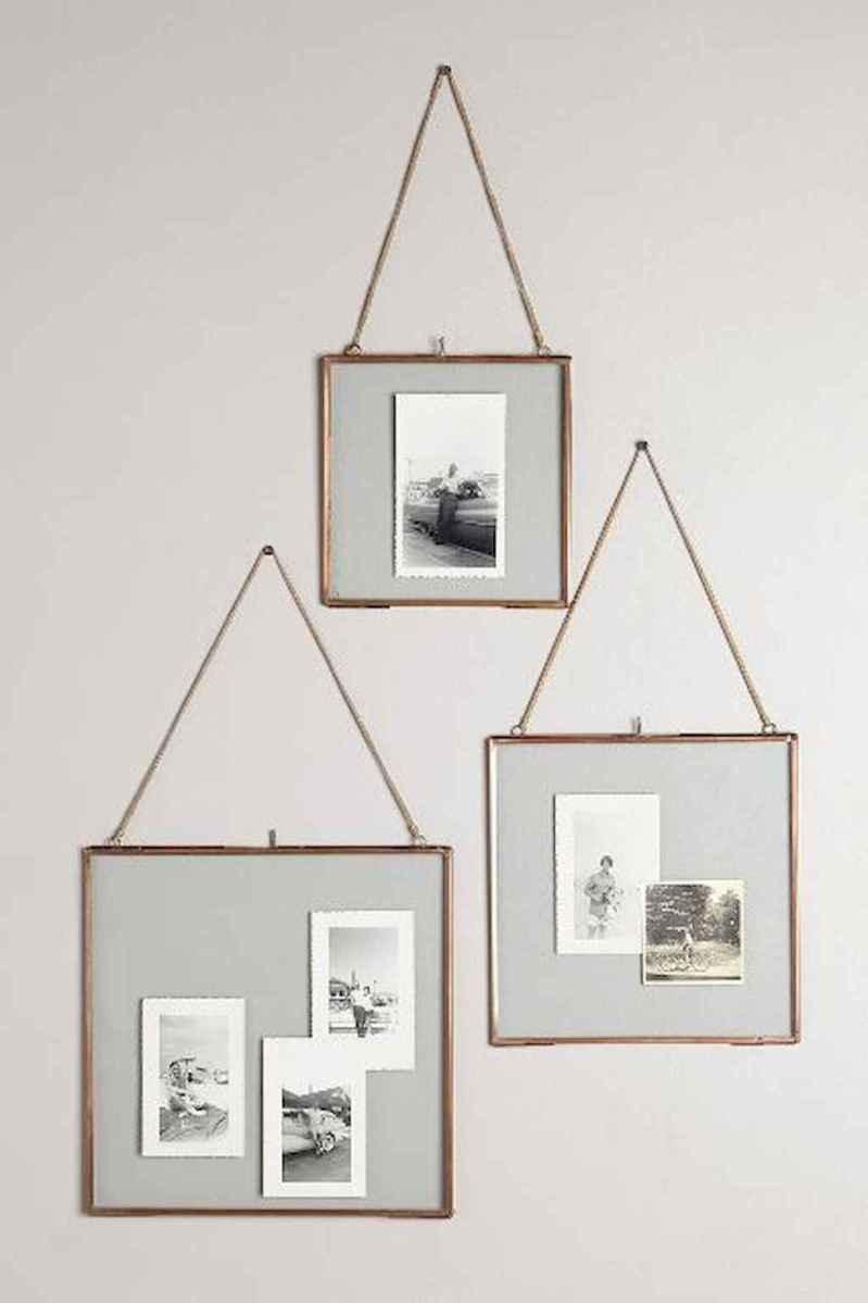 40 diy family photos display ideas for apartment decor (9)