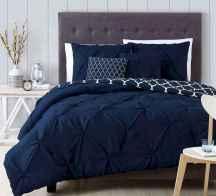 40 navy master bedroom decor ideas (40)