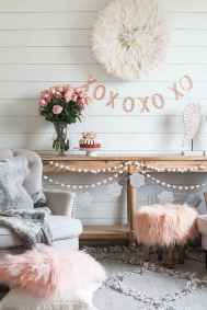 44 romantic valentines party decor ideas (15)