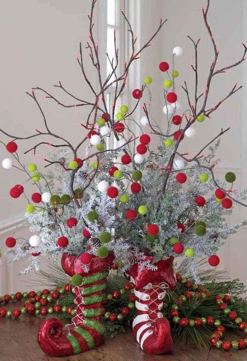44 stunning mesa centerpiece christmas decor ideas (21)