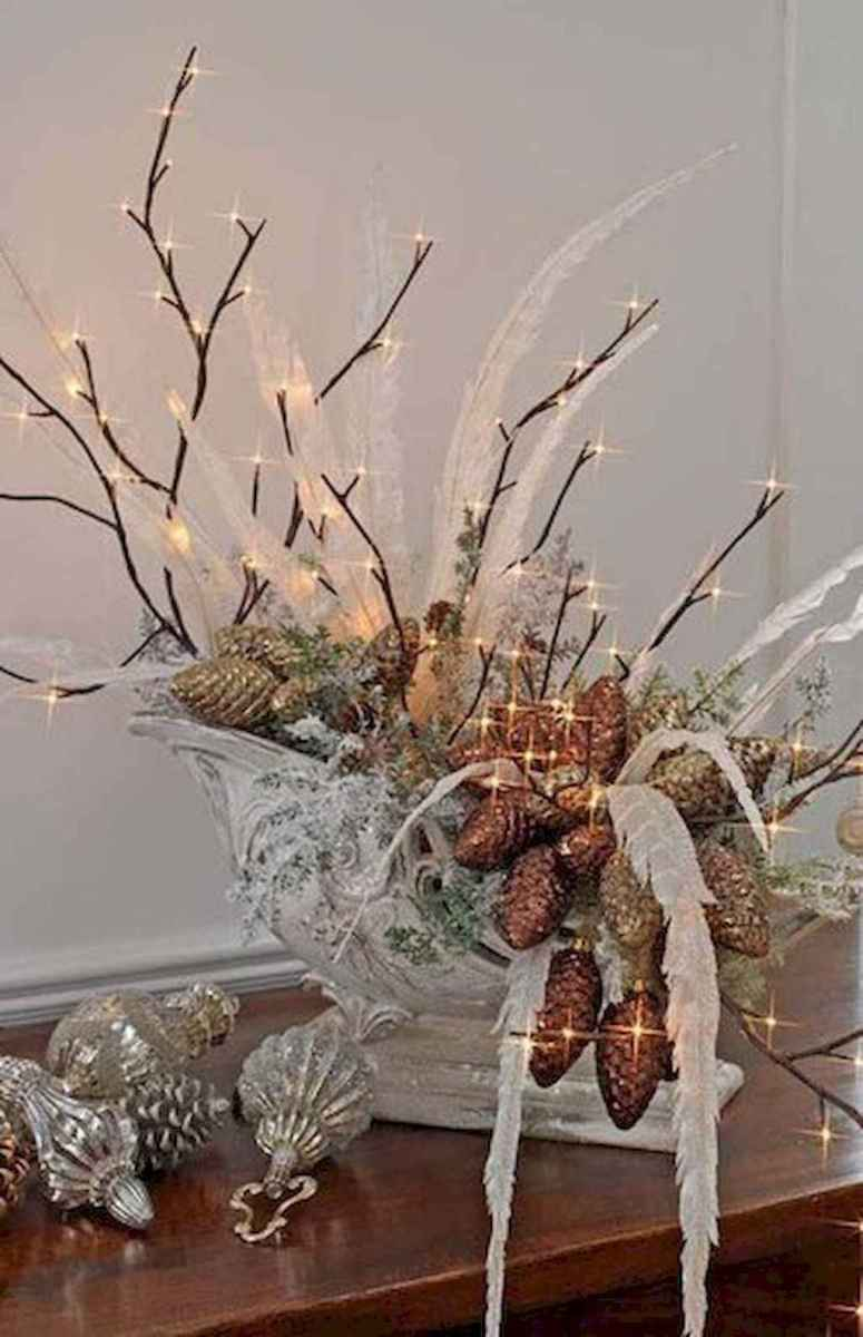 45 outdoor pine cones christmas decorations ideas (18)