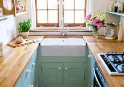 50 amazing small apartment kitchen decor ideas (40)