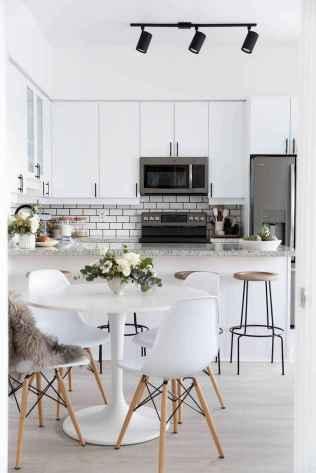 50 amazing small apartment kitchen decor ideas (44)