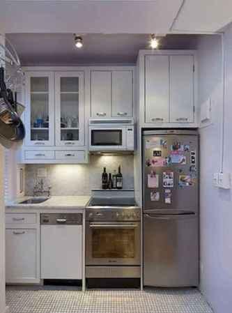 50 fabulous apartment kitchen cabinets decor ideas (13)