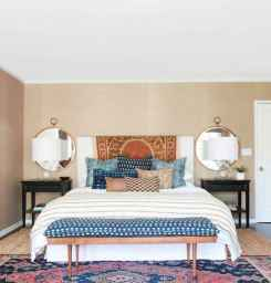 60 cool eclectic master bedroom decor ideas (34)
