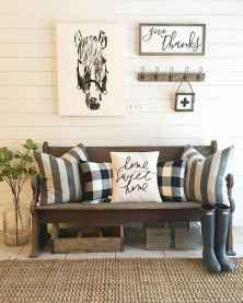 60 cool modern farmhouse living room decor ideas (25)