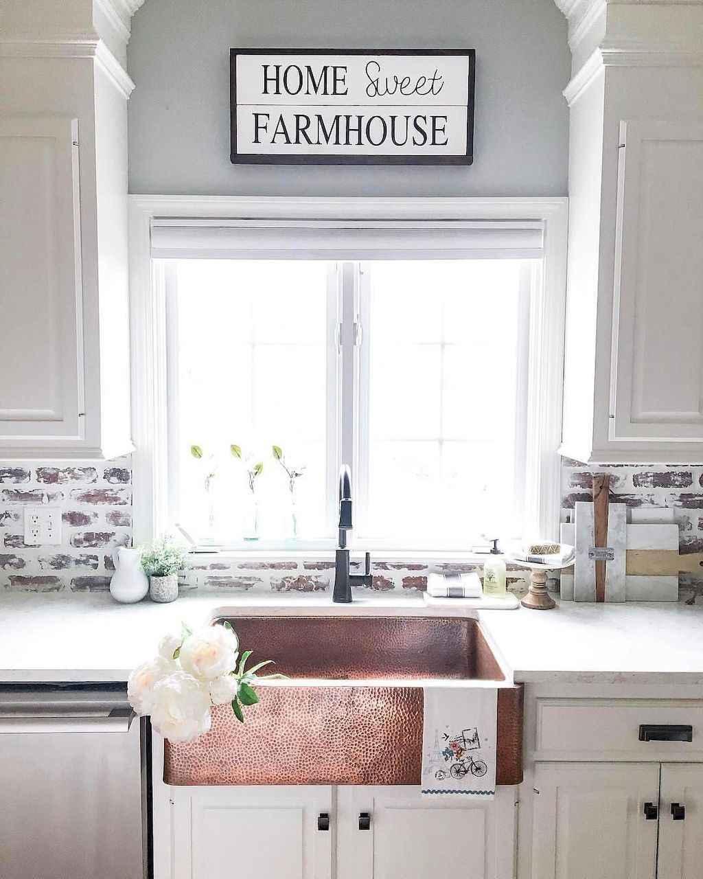 - 60 Fancy Farmhouse Kitchen Backsplash Decor Ideas (16) - Roomadness.com