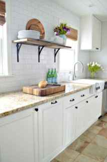 60 fancy farmhouse kitchen backsplash decor ideas (38)