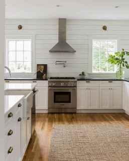 60 fancy farmhouse kitchen backsplash decor ideas (41)