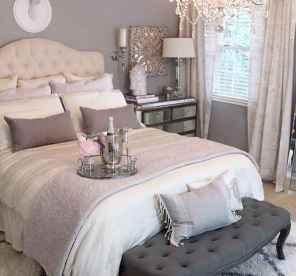 60 romantic master bedroom decor ideas (37)