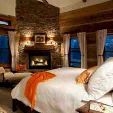 60 romantic master bedroom decor ideas (52)