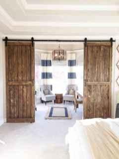 70 beautiful farmhouse master bedroom decor ideas (24)