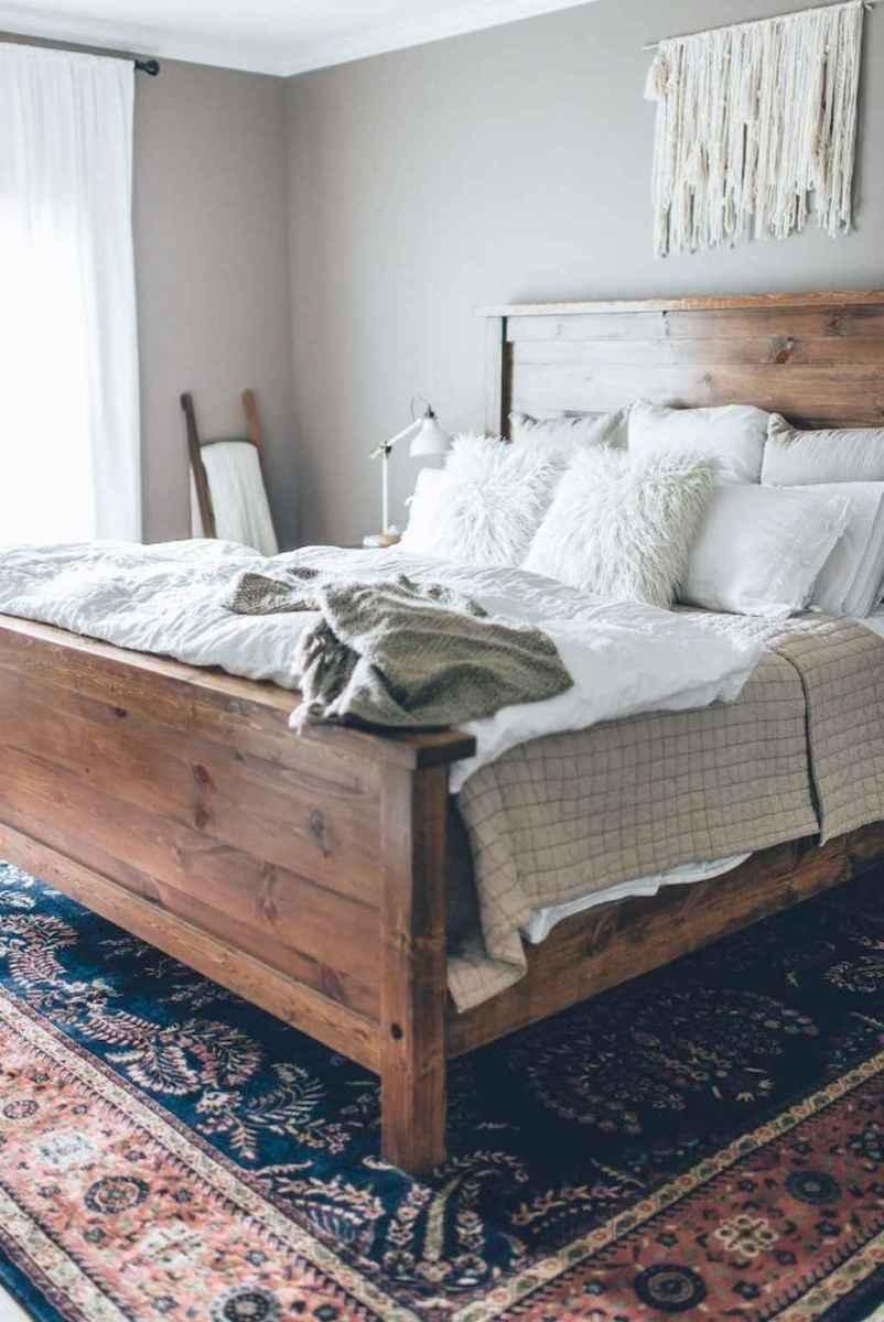 70 beautiful farmhouse master bedroom decor ideas (54)