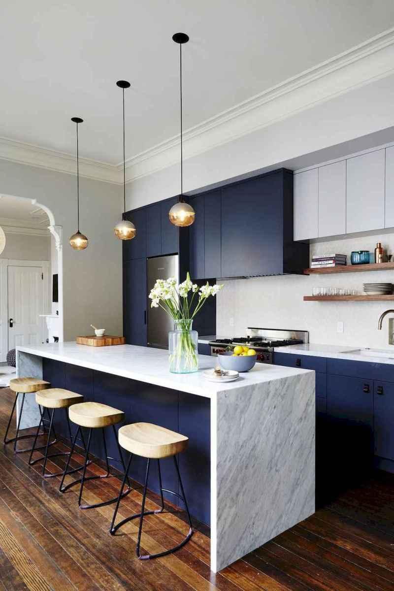 70 cool modern apartment kitchen decor ideas (70)