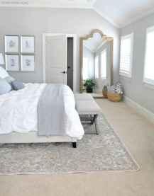 80 relaxing master bedroom decor ideas (12)
