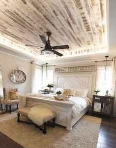 80 relaxing master bedroom decor ideas (39)