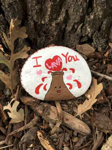 80 romantic valentine painted rocks ideas diy for girl (39)