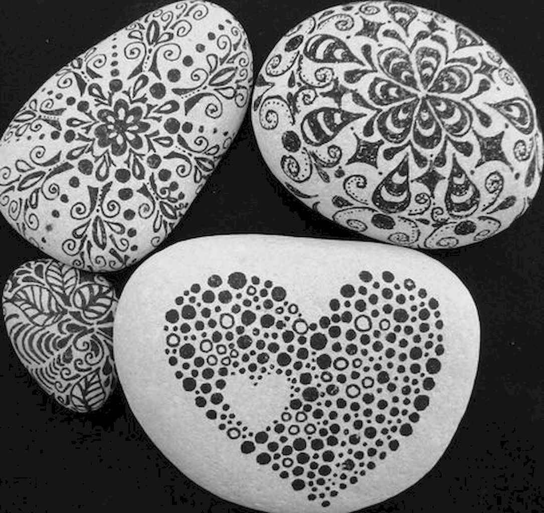 80 romantic valentine painted rocks ideas diy for girl (46)